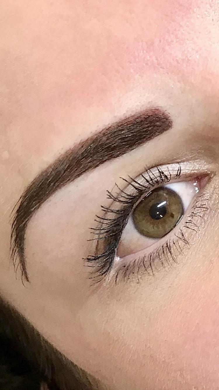 Eyebrow Makeup: How To Do Eyebrow Makeup With Powder