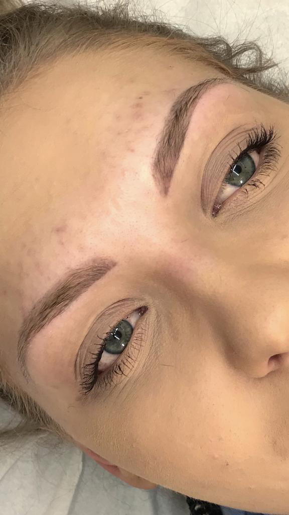 healed-soft-powder-brows-hannah-stone
